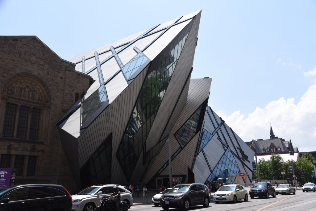 fancy building, Royal Ontario Museum